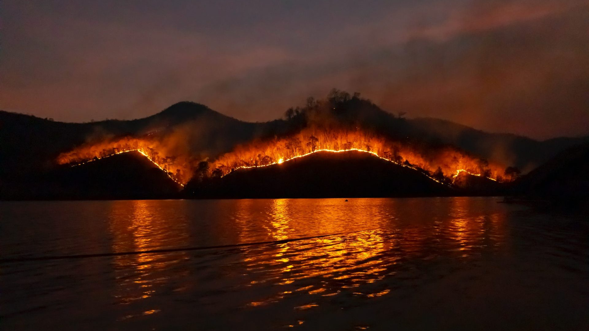 West Coast Fires continue to devastate the U.S.