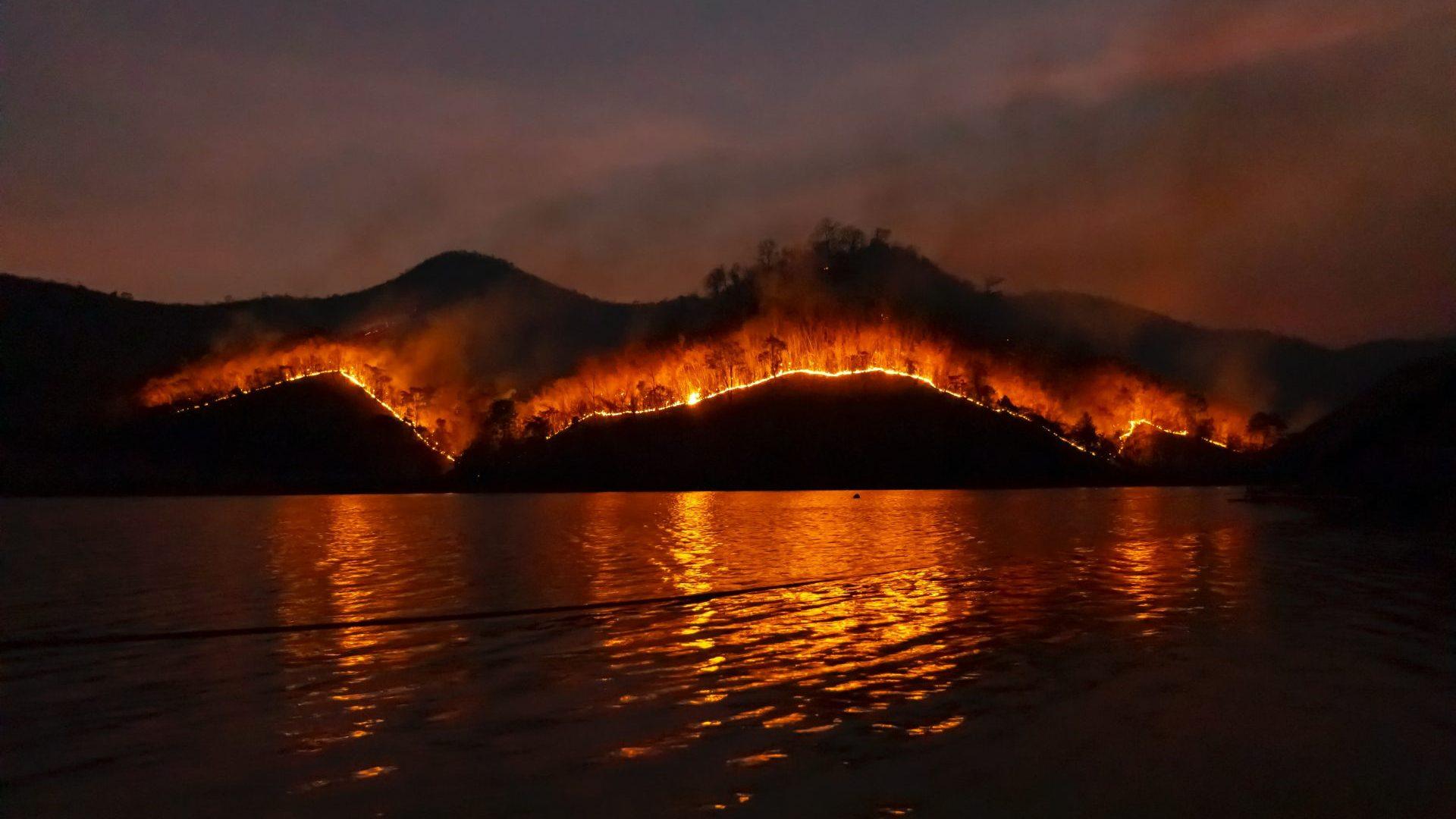 West Coast Fires continue to devastate the U.S.