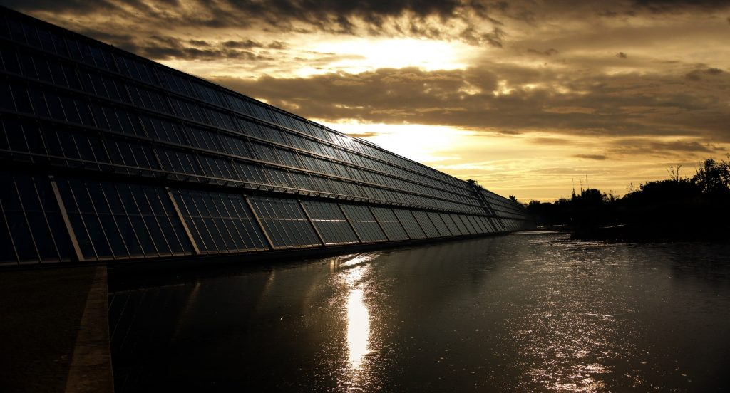 floating photovoltaic solar panels, renewable energy