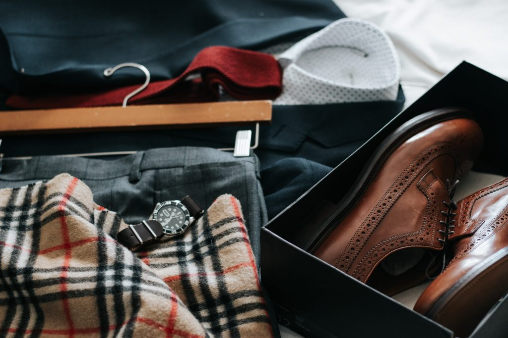 How to slow mens fashion. Mens clothing items.